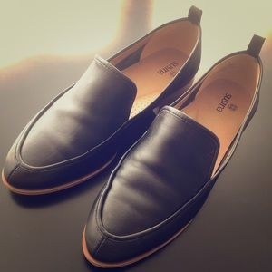Susina leather loafer (black) size 6.5